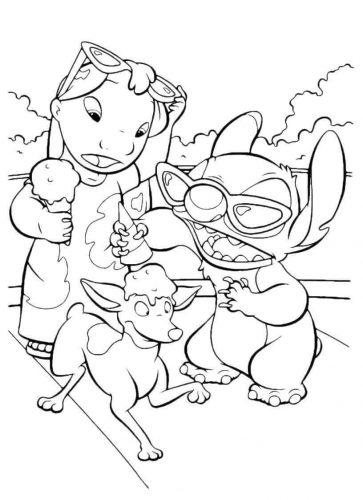 Lilo And Stitch Enjoying Summer